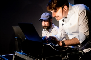 Boyd Branch and Piotr Mirowski - Rosetta Code by Improbotics at The Cockpit Theatre, Camden Fringe 2021 - Photo by Lidia Crisafulli